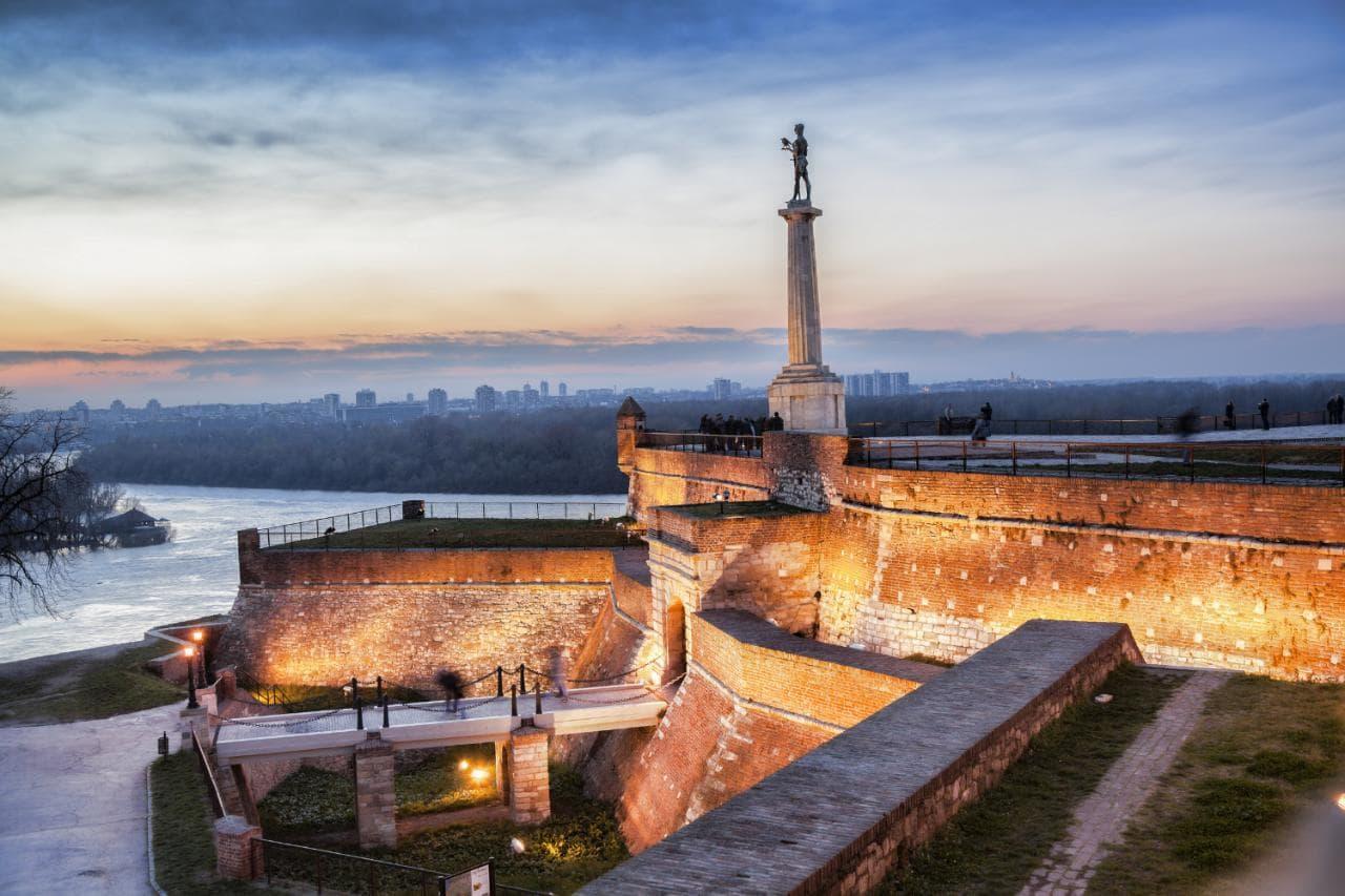 Белград- Нови Сад- Сремски Карловци