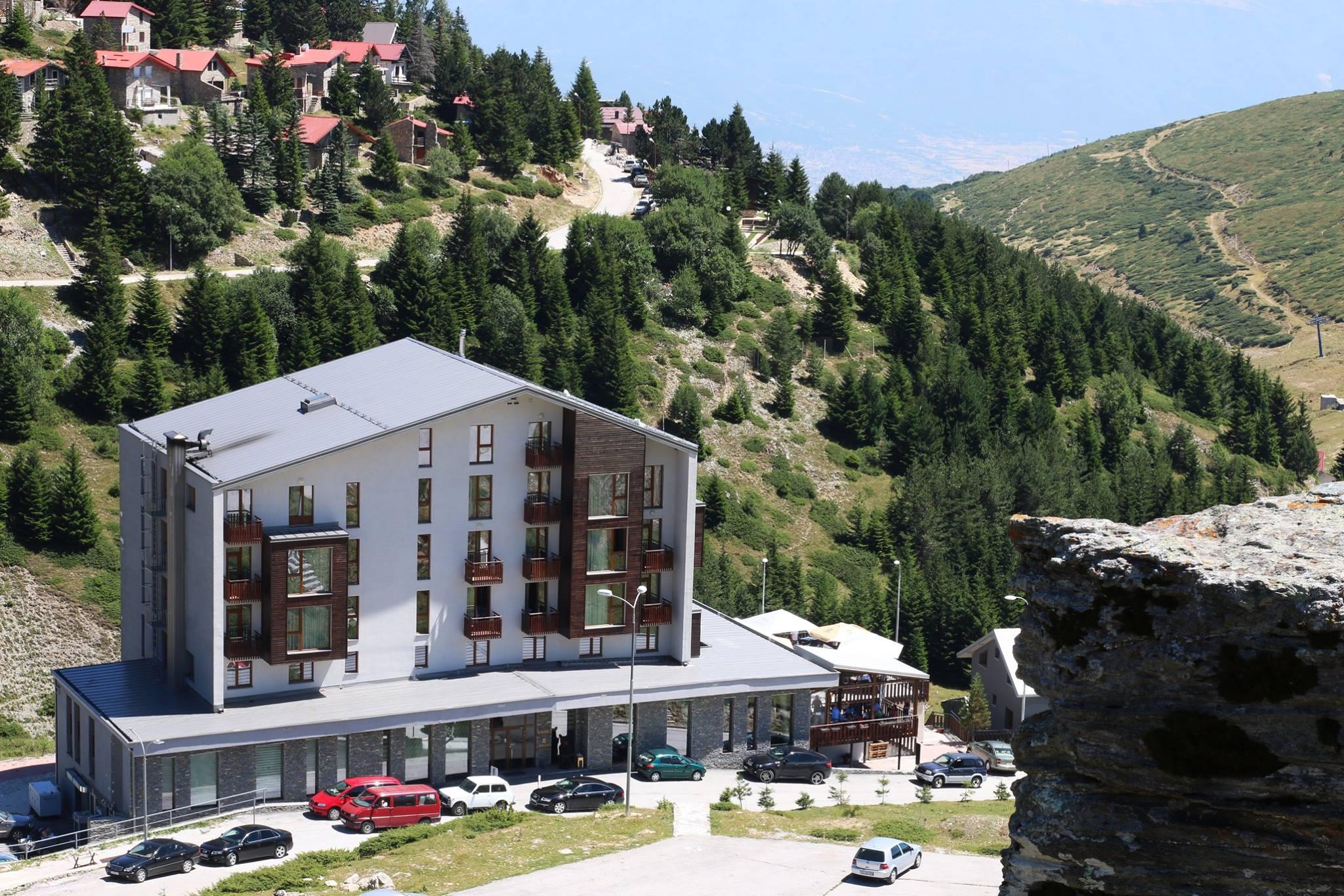 Хотел СКАРДУС 4*