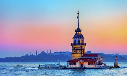 1-maiden-tower-in-istanbul-artur-bogacki